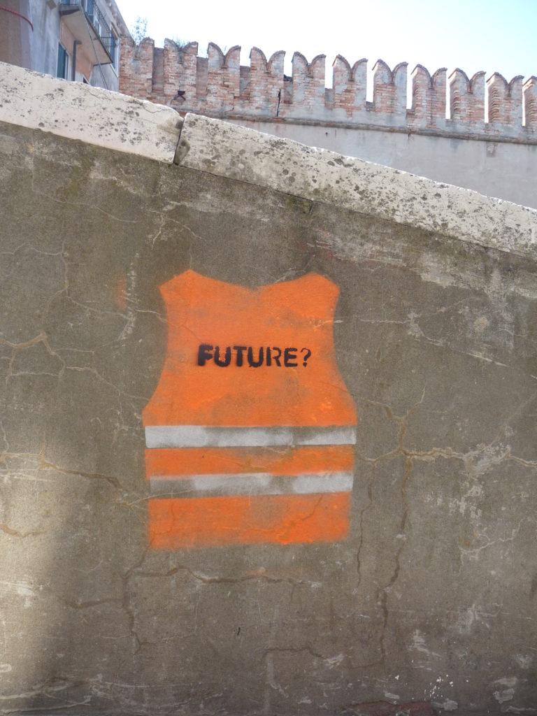Street art, gilet orange, future, Venise
