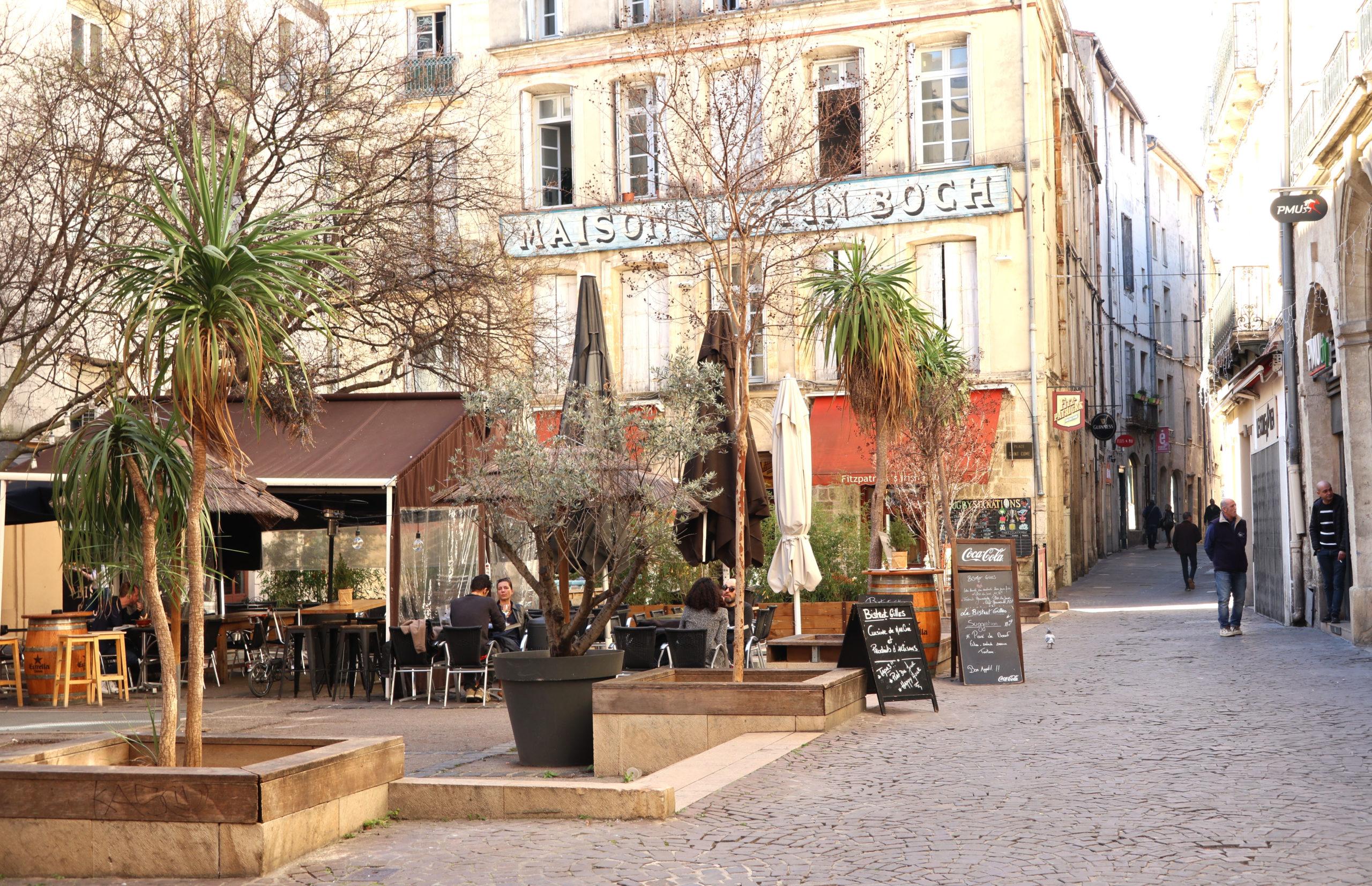 Montpellier, place, maison Saint Roch